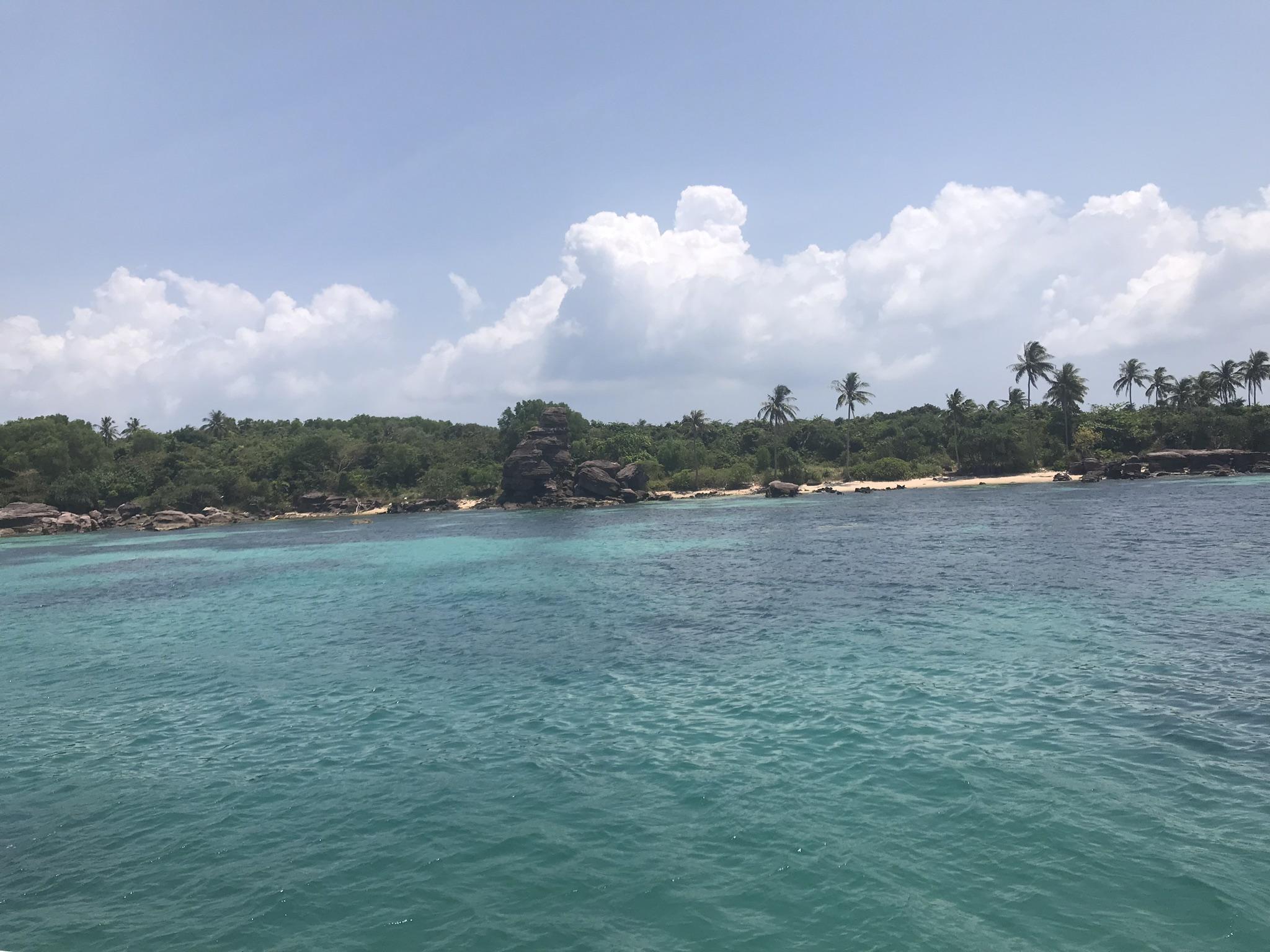 アントイ諸島の海